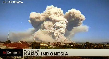 Indonezija: Vulkan Sinabung eruptirao i izbacio visok oblak pepela