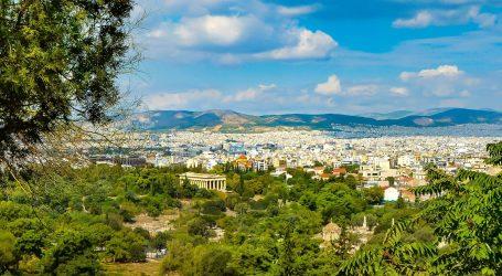 Grčka u borbi protiv koronavirusa traži pomoć liječnika iz privatnog sektora