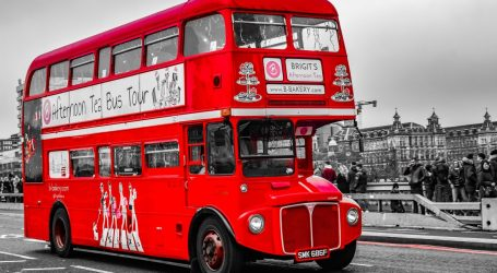 Britanija: Vozači autobusa u Londonu umiru od koronavirusa, gradonačelnik ih nazvao herojima