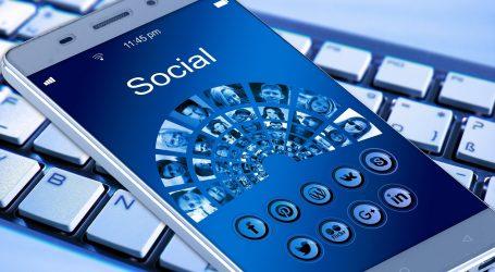 Deseci milijuna antivaksera agitiraju na društvenim mrežama, američki tužitelji traže reakciju