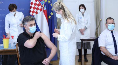 Političari poručili da je AstraZeneca sigurna, građani i dalje lutaju bespućima interneta