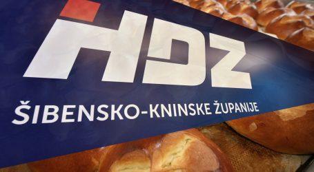 """Djeca u vrtiću dobila pogače s logom HDZ-a: """"Naljepnica je malo velika. Ispričavam se"""""""