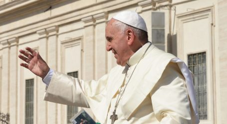 "Papa Franjo novinarima u Rimu: ""Susret s velikim ajatolahom bio mi je melem za dušu"""