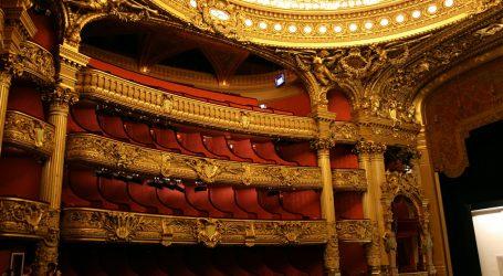 Prosvjednici u Francuskoj zaposjeli kazališta i traže otvaranje