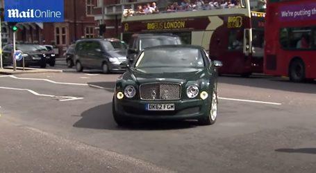 Prodaje se zeleni Bentley Mulsanne kraljice Elizabete II.