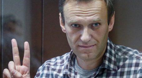 Izvestija: Navaljni prebačen u bolnicu zbog moguće respiratorne bolesti