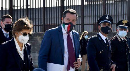 Italija: Vođa krajnje desnice Salvini ide na sud jer je spriječio iskrcavanje više od sto migranata