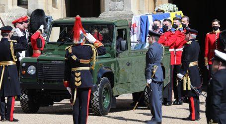 Pokopan je princ Philip, ispratila ga kraljevska obitelj i prijatelji