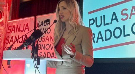 """SDP-ova kandidatkinja za gradonačelnicu Pule: """"Nezaposlenost i besperspektivnost najveći su problemi naših građana"""""""
