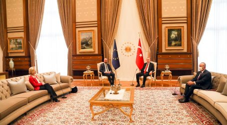 Erdogan u Ankari ponizio von der Leyen, Charles Michel prihvatio njegovo ponašanje