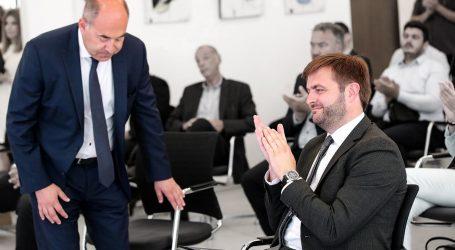 Kako je u srcu HEP-a već počeo rat za fotelju ministra Tomislava Ćorića u kojoj se vidi Frane Barbarić
