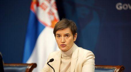 Srbija: Brnabić tvrdi da nema potrebe za obaveznim cijepljenjem, brojke i dalje visoke