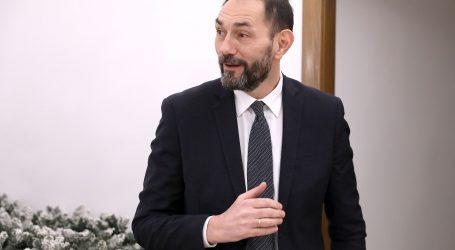 Na zahtjev Glavne državne odvjetnice udaljen s dužnosti njezin zamjenik Dražen Jelenić