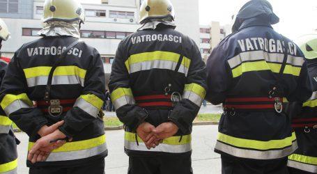 Velik požar napuštenog noćnog kluba u Zagrebu, nema ugroženih osoba