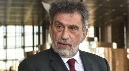 """Ministar Fuchs: """"Prosvjetni radnici u prioritetnoj skupini cijepljenja"""""""