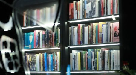 'Grad od pare': Posljednja knjiga slavnog Carlosa Ruiza Zafóna objavljena na hrvatskom