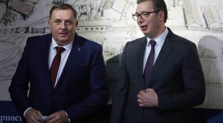 """Velike sile napale Dodika jer poziva na """"mirni razlaz"""" BiH"""