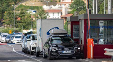 Uhvaćeno 14 stranaca, tvrdili da su samo u tranzitu, a zadržali se u Hrvatskoj bez obavljenog testa na koronu