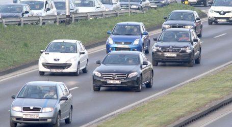 HAK: Vremenski uvjeti povoljni za vožnju, pojačan promet na gradskim cestama