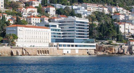 Ljudska pogreška: JLH javio da je iz Hotela Excelsior u more iscurila neutvrđena količina lož ulja