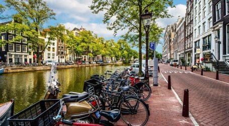 Nizozemska: Koncem travnja ukida se policijski sat i otvaraju terase kafića
