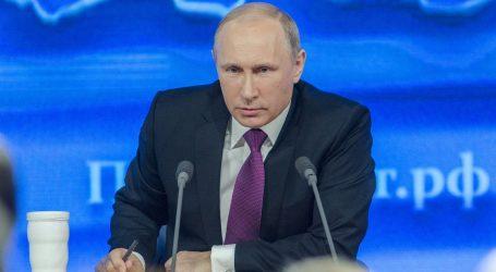 Rusija: Osmero dužnosnika iz EU-a dobilo zabranu ulaska u zemlju