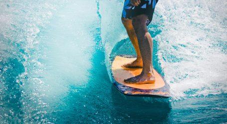 Surferi u Kaliforniji potiču djecu na zdrave aktivnosti