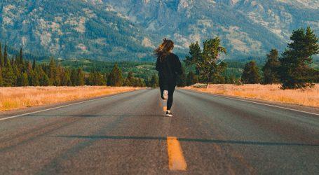 Sportska avanturistica Anna McNuff bosonoga je trčala 3700 kilometara