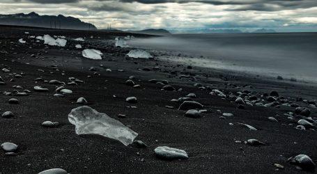 """""""Plaža dijamanata"""" jedna je od najvećih atrakcija Islanda"""