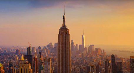 Pogledajte Empire State Building, njegov vrh zasjao je u zelenoj boji