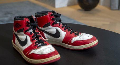 Tenisice Michaela Jordana na međunarodnoj dražbi prodane za više od 150 tisuća dolara