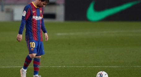 Nogometaši Barcelone ostali su u utrci za prvaka Španjolske