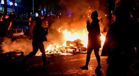 Neredi u Njemačkoj: Više od 50 berlinskih policajaca ozlijeđeno na prvomajskom prosvjedu, privedeno preko 250 prosvjednika