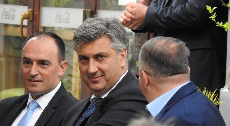 """Plenković: """"Milanović vrijeđa, huška na zastupnike manjina, a nastoji ušutkati i suce"""""""