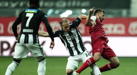Drama u Turskoj: Galatasaray iskoristio kiks Bešiktaša