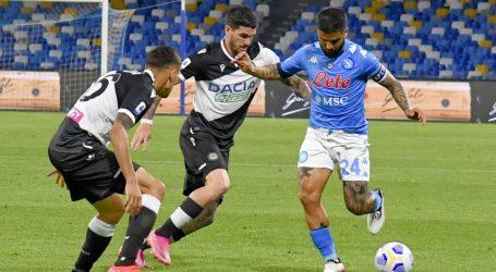Uvjerljivom pobjedom protiv Udinesea Napoli 'skočio' na drugo mjesto Serie A