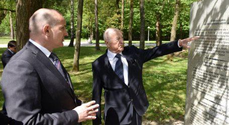 Orsat Miljenić položio vijenac u spomen žrtvama poraća kod Maribora