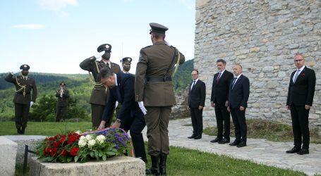 Hrvatska danas slavi Dan državnosti, Plenković i Jandroković položili vijence na Oltaru domovini
