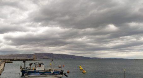 Promjenjivo oblačno i nestabilno vrijeme, mjestimice s kišom