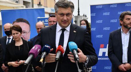 """Premijer Plenković nakon Okučana obišao Slavonski Brod: """"Ovaj grad treba gradonačelnika s iskustvom rada u Vladi"""""""