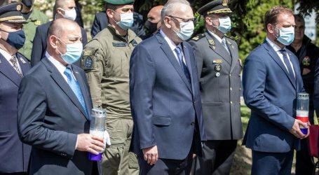 """Božinović u Borovu: """"Hrvatska policija odigrala je ključnu ulogu u Domovinskom ratu. Ubojstvo 12 redarstvenika najpodliji je zločin"""""""