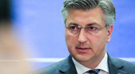 """Plenković vratio Grbinu za 'Maratonce': """"Od SDP-a 'ostali samo dugmići'"""""""