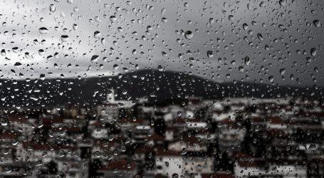 DHMZ: U prvom djelu dana pretežito oblačno i kišno