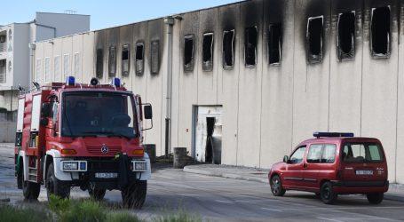 Omiš: Privedena 80-godišnjakinja zbog podmetanja požara u zgradi