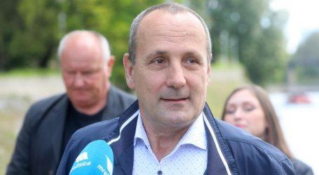 Policija istražuje tko prijeti smrću kandidatu za gradonačelnika Karlovca
