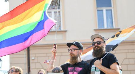 """Sto katoličkih crkava u Njemačkoj pokrenulo akciju """"Ljubav pobjeđuje"""", podršku istospolnim brakovima"""