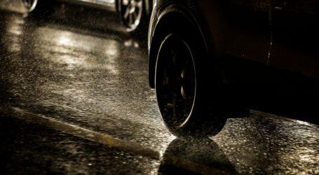 HAK: Kolnici mjestimice skliski, prometna nesreća na A1 kod Zadra