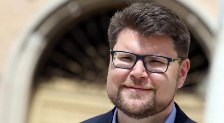 Peđa Grbin podupro SDP-ovog kandidata za istarskog župana Danijela Ferića