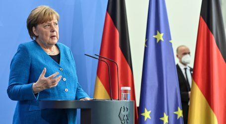 """Merkel: """"Na ljetovanje diljem Europe će moći i oni koji se nisu cijepili"""""""