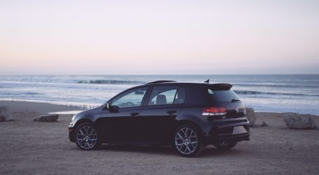 Volkswagen želi sam razvijati čipove i programe za autonomna vozila